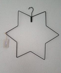 Zwart metalen ster. Mrs Bloom.