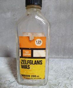 Oud glazen flesje. Zelfglans was.